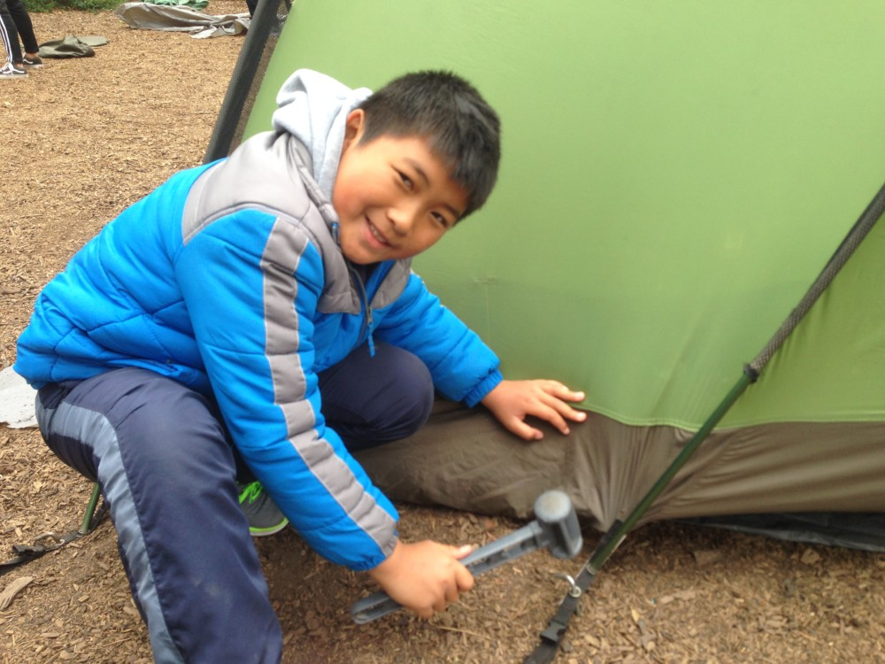 SG6 Pitching Tents3